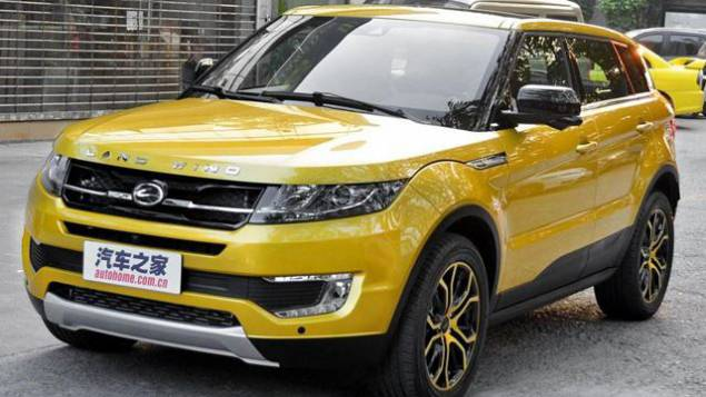 Nous sommes en plein salon de l'auto de Shangaï, en Chine. Surprise : les constructeurs chinois copient sans vergogne les voitures européennes et ils n'ont aucun scrupule pour les montrer au public…
